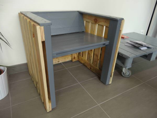 Pallet Armchair, Inspired By Mies Van Der Rohe Pallet Benches, Pallet Chairs & Stools
