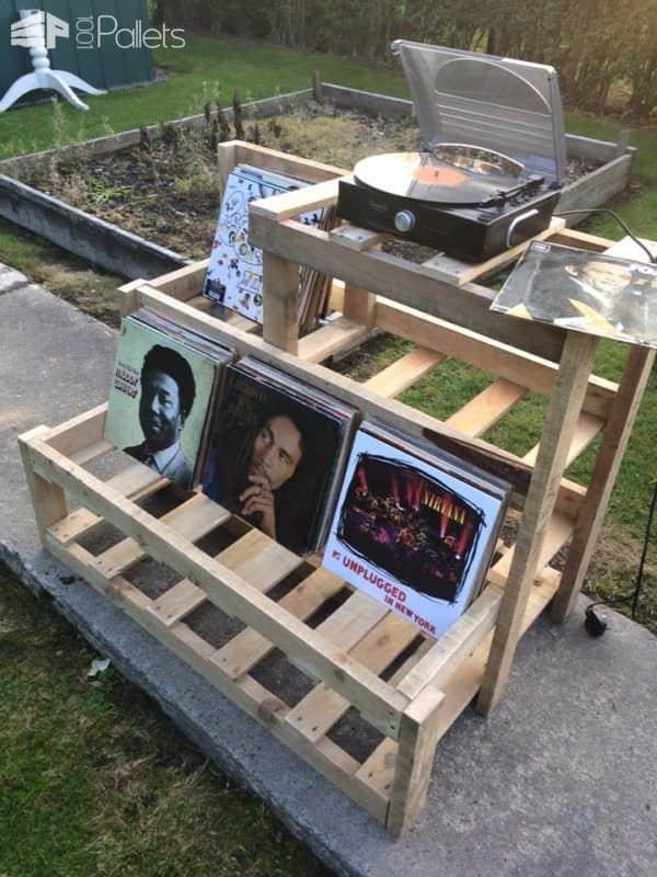 Record Player & Vinyl Storage Unit Pallet Shelves & Pallet Coat Hangers