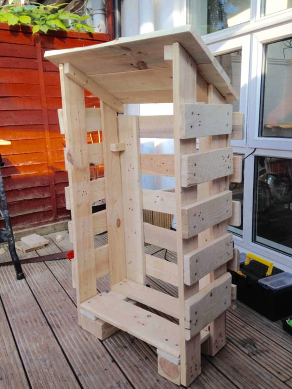 Small Log Store From Pallet Wood Pallet Sheds, Cabins, Huts & Playhouses