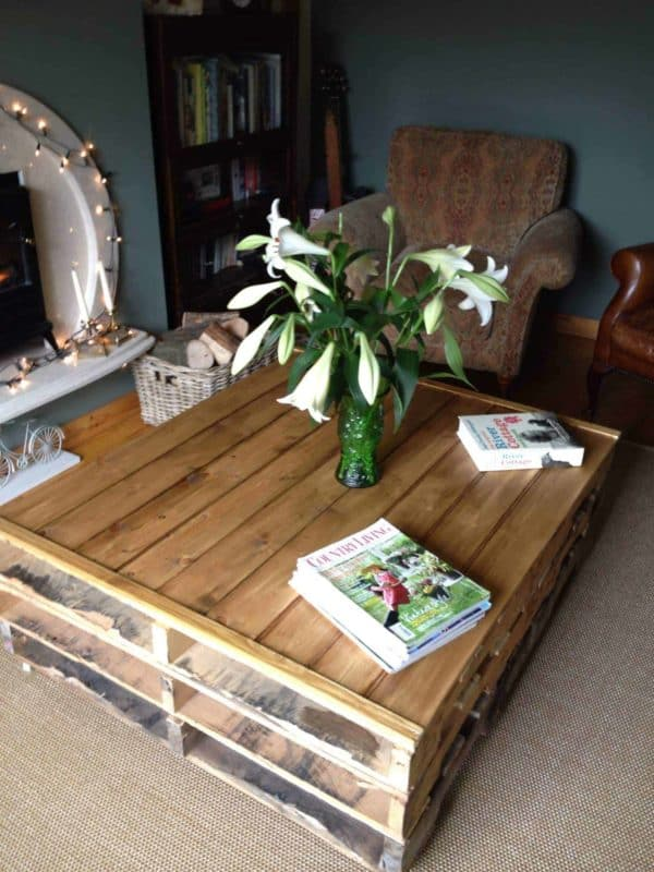 The 62 Most Creative Pallet Coffee Tables For Your Inspiration! Pallet Coffee Tables