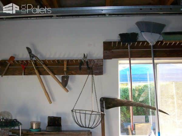 Garage Tool Peg Rack Pallet Shelves & Pallet Coat Hangers