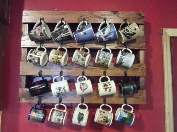 Pallet Coffee Cup Rack Pallet Shelves & Pallet Coat Hangers