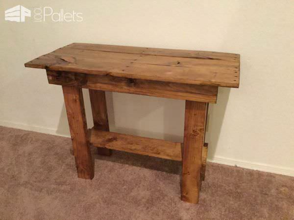Pallet Entry Table Made from 1 Repurposed Pallet Pallet Desks & Pallet Tables