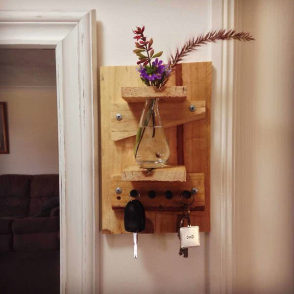 Pallet Key Holder & Vase Pallet Shelves & Pallet Coat Hangers