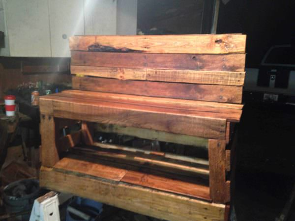 A Pallet Shoe Changing Storage Bench Pallet Benches, Pallet Chairs & Stools