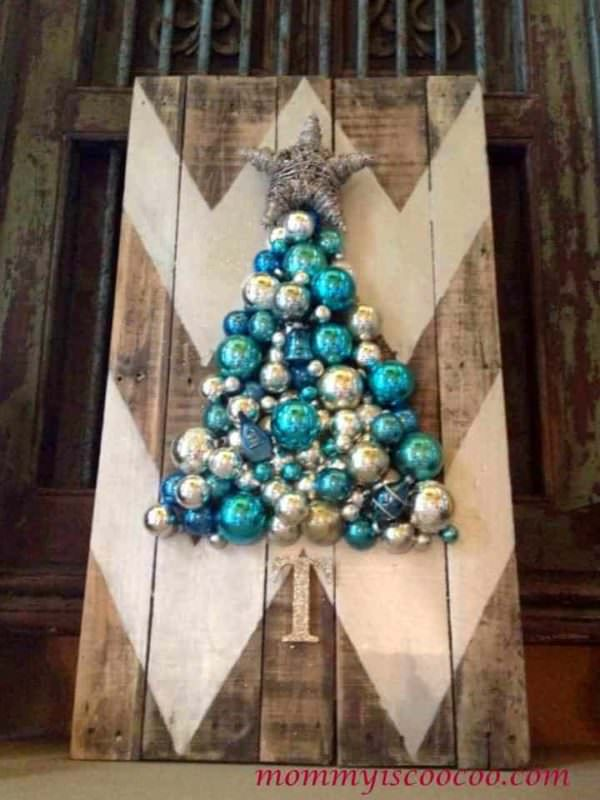 Chevron Pallet Ornament Christmas Tree Pallet Wall Decor & Pallet Painting