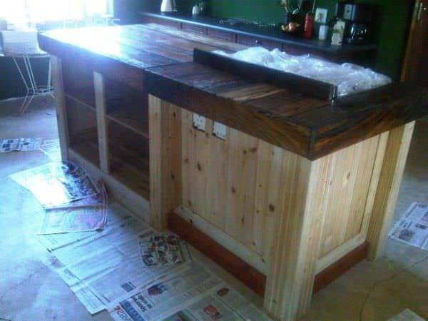 Pallet Kitchen Coubert Pallet Desks & Pallet Tables