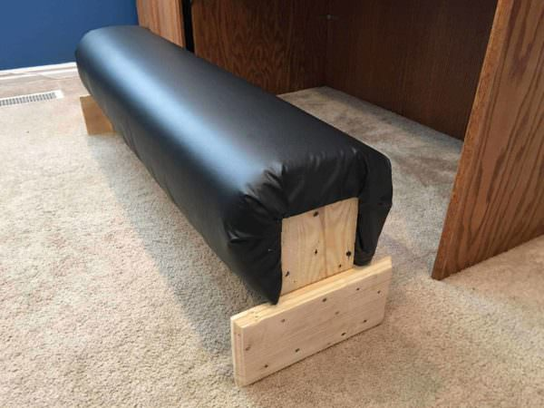 Foot Rest Under Computer Desk 1001 Pallets