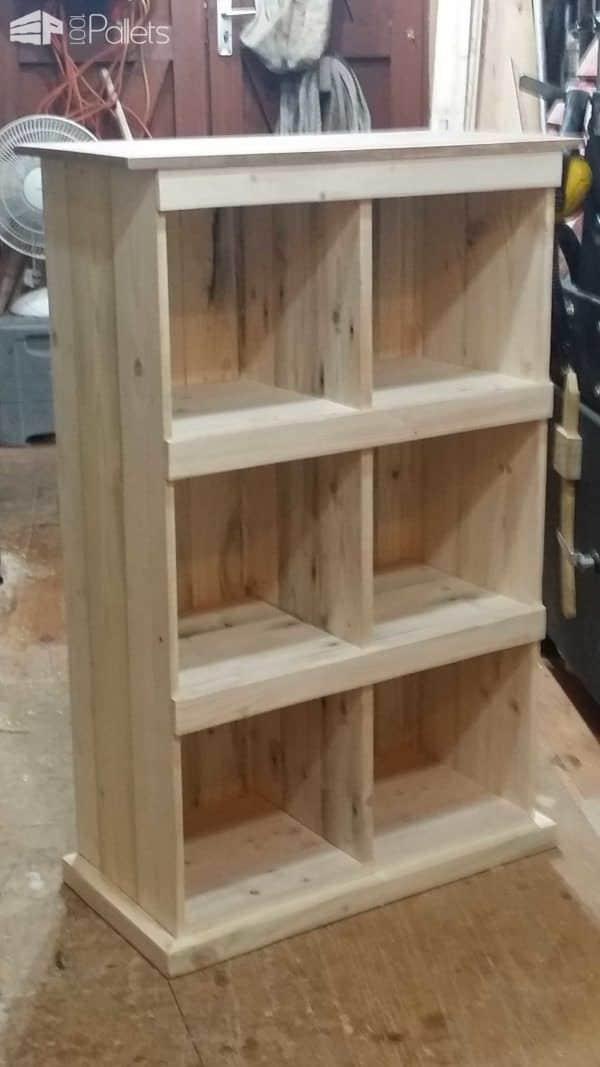 From That… to That… Pallet Bookcases & Bookshelves Pallet Shelves & Pallet Coat Hangers