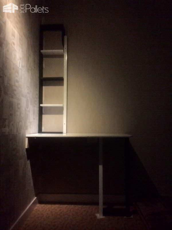 Pallet Corner Desk with Shelf for Bedroom Pallet Desks & Pallet Tables