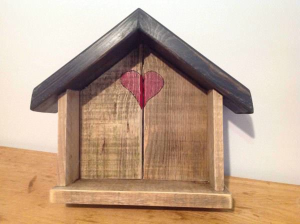 Little Love Shack Pallet Home Accessories