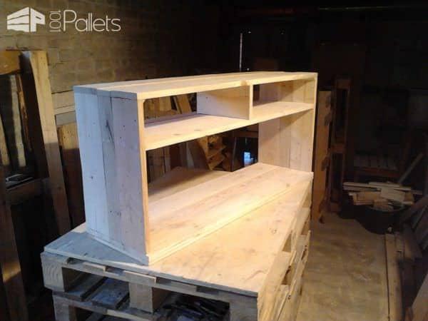 Mur En Bois De Palettes / Entertainment Center Wall Pallet TV Stands & Racks Pallet Walls & Pallet Doors