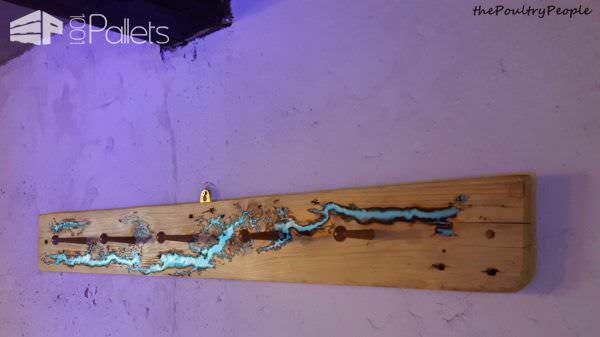 Coat Rack – Peg Rail – One Plank Project Pallet Shelves & Pallet Coat Hangers