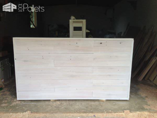 How I Made This Headboard from Pallets Pallet Beds, Pallet Headboards & Frames