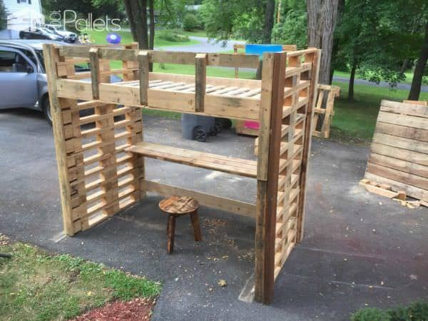62 Creative Recycled Pallet Beds You'll Never Want To Leave! Pallet Beds, Pallet Headboards & Frames
