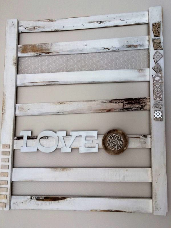 Decorative Flat Pallet for Indoor Lounge Wall Pallet Wall Decor & Pallet Painting