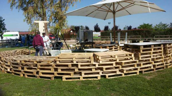 Temporary Pallet Barrier/Wall Pallet Fences