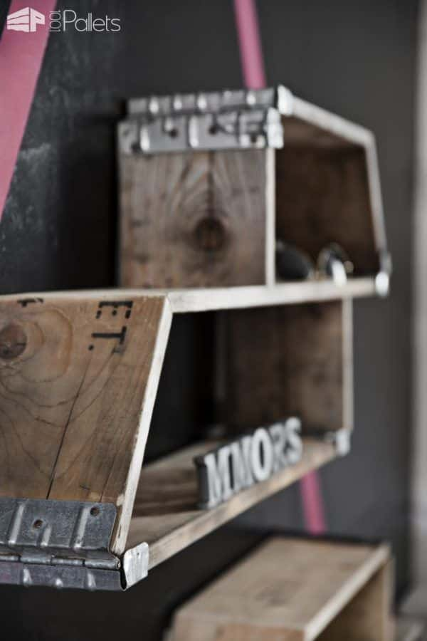Amarhylde – Racking System Made from Recycled Pallets Pallet Shelves & Pallet Coat Hangers