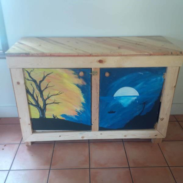 Play Table/Storage Chest For Our Daughter Pallet Boxes & Chests