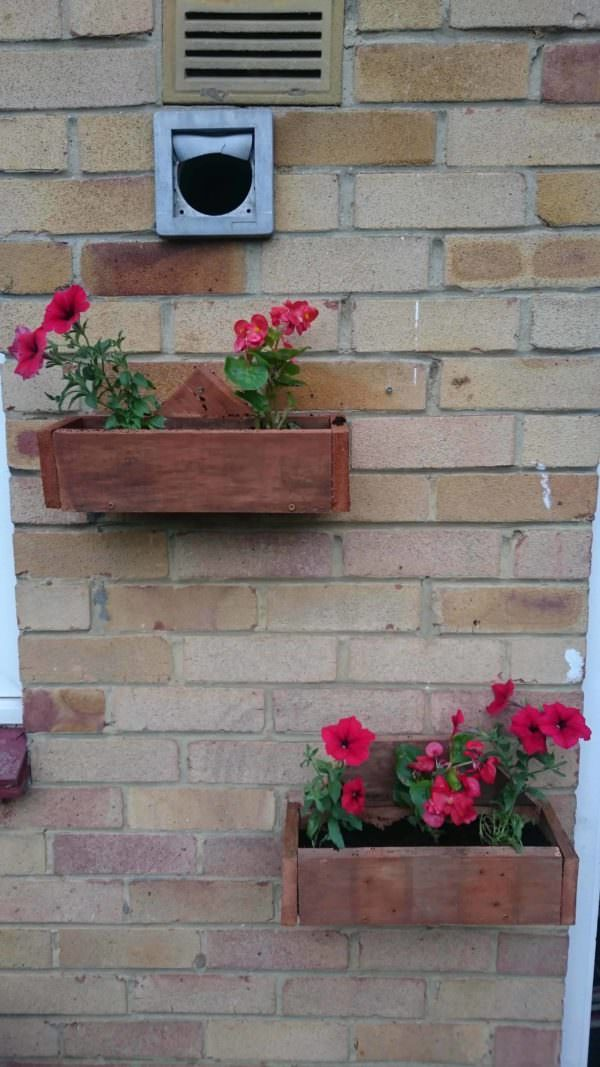 Pallet Wall Planters Pallet Planters & Compost Bins Pallet Wall Decor & Pallet Painting