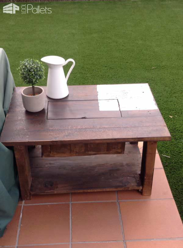 Pallet Coffee Table with Recessed Ice Chest Pallet Coffee Tables