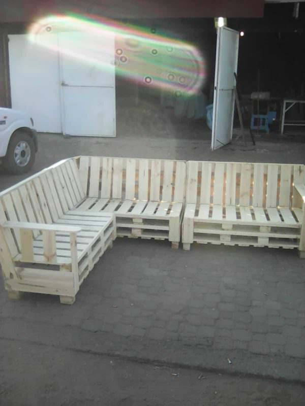 Pallet Sectional Sofa Pallet Benches, Pallet Chairs & Stools Pallet Sofas & Couches