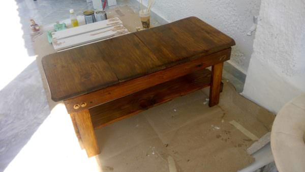 Bold Beautiful Coffee Table From Two Pallets Pallet Coffee Tables