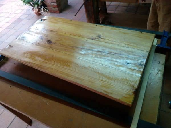 Easy Fit Collapsible Pallet Art Table Pallet Desks & Pallet Tables