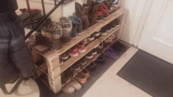 Easy, Handy Pallet Shoe Rack Pallet Shelves & Pallet Coat Hangers