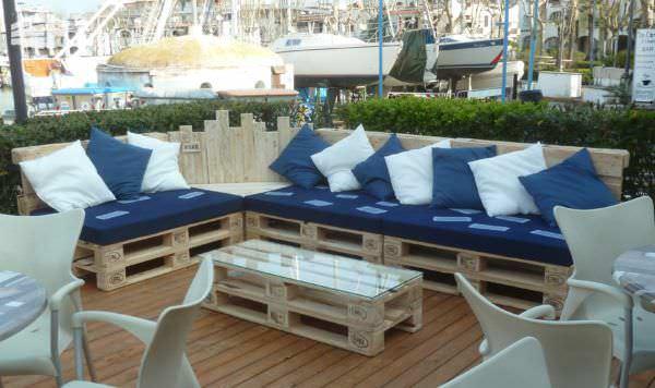 Outdoor Pallet Sectional Set / Maxi Divano Fatto Con I Pallet Lounges & Garden Sets Pallet Sofas & Couches