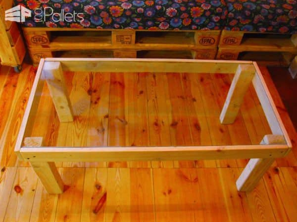 Petite Glass-topped Pallet Coffee Table Pallet Coffee Tables
