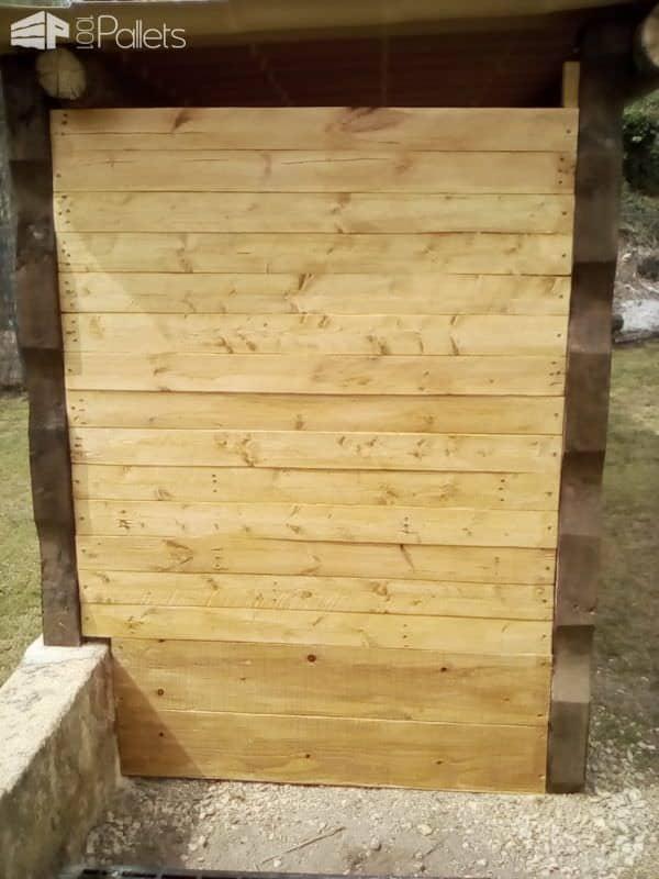 Upcycled Pallet Storage Shelter / Abri a Bois Palette Et Récup' Pallet Sheds, Cabins, Huts & Playhouses
