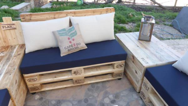 Coffee Bean Pillow Pallet Lounge Set Lounges & Garden Sets Pallet Sofas & Couches