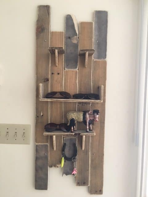 Quirky, Eclectic Pallet Wall Decor/Key Holder Other Pallet Projects