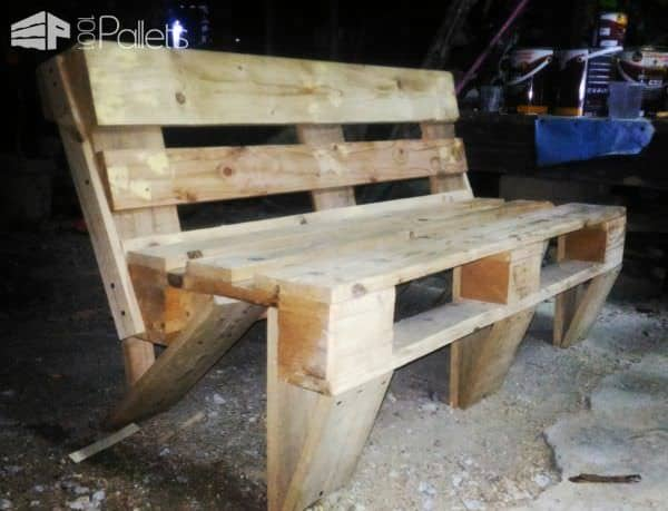 Kid-friendly Outdoor Pallet Bench Pallet Benches, Pallet Chairs & Stools