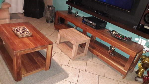 Pallet Living Room Table Trio Pallet Coffee Tables Pallet TV Stands & Racks