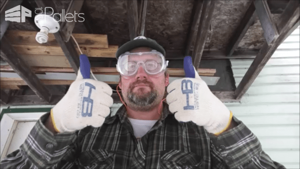 Video Tutorial: Remove Pallet Nails Efficiently Using An Air Punch DIY Pallet Tutorials DIY Pallet Video Tutorials