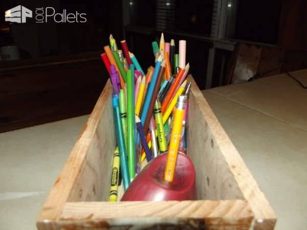 Cutest Video Tutorial Ever: Easy Pallet Pencil Box For Kids DIY Pallet Tutorials Fun Pallet Crafts for Kids Pallet Boxes & Chests