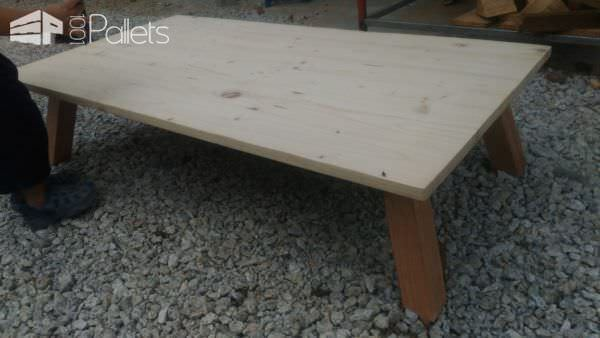 Elegant Japanese-inspired Pallet Coffee Table Pallet Coffee Tables