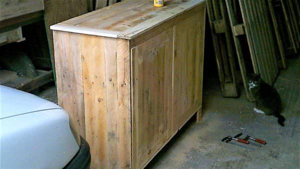 Multi-purpose Pallet Cabinets / Meuble En Bois De Palette Pallet Cabinets & Wardrobes