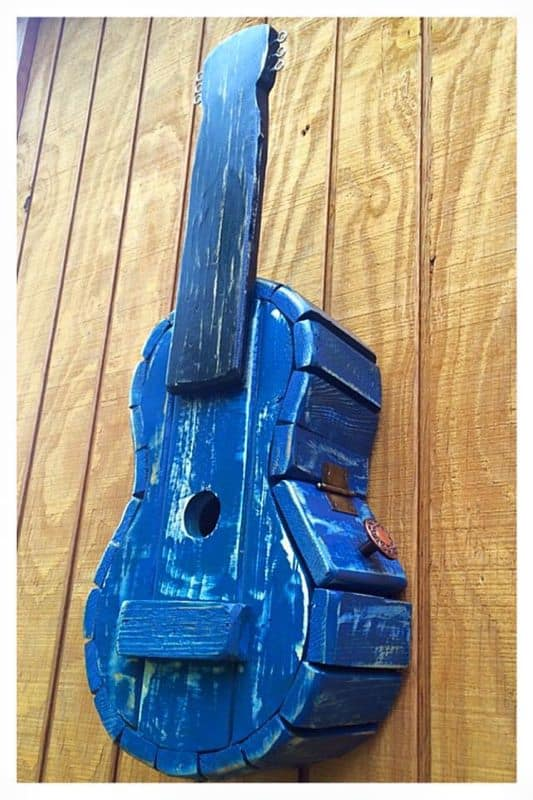 Pallet Guitar Bird House Animal Pallet Houses & Pallet Supplies