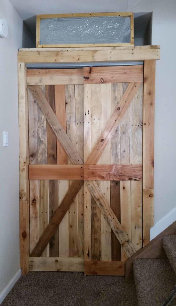 Amazing Pallet Closet Doors: Gift For My Daughter Pallet Walls & Pallet Doors