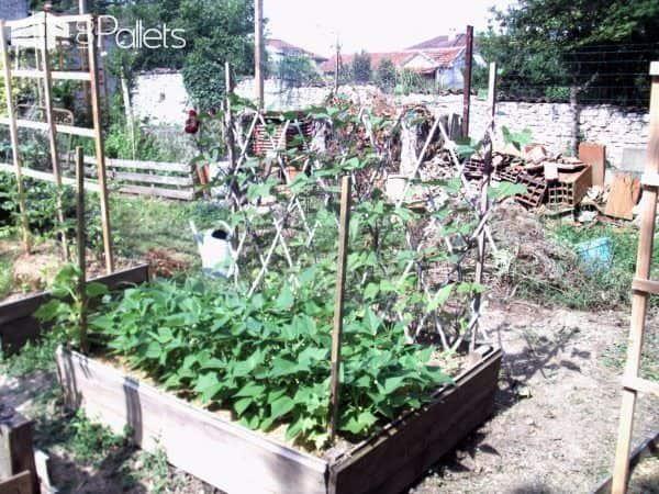 Pallet Trellis Accessorizes Raised Garden Beds Pallet Planters & Compost Bins