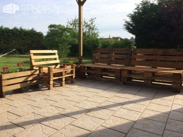 My Relaxing Pallet Lounge Corner Set / Mon Petit Coin Détente Lounges & Garden Sets Pallet Benches, Pallet Chairs & Stools Pallet Sofas & Couches