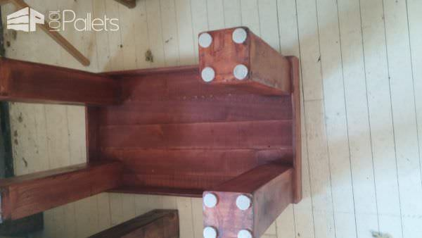 Pallet Table Set: Beautiful Coffee/End Table Trio! Pallet Coffee Tables