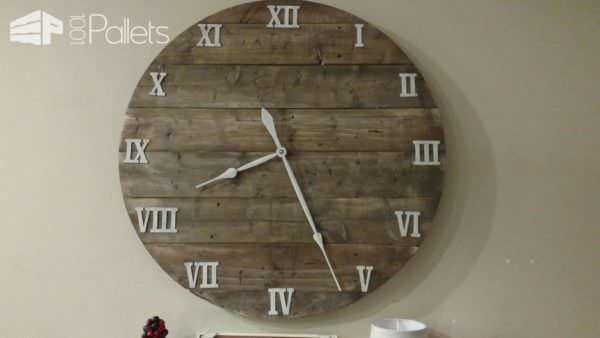 Make This Budget-friendly 40″ Pallet Farmhouse Clock Pallet Clocks