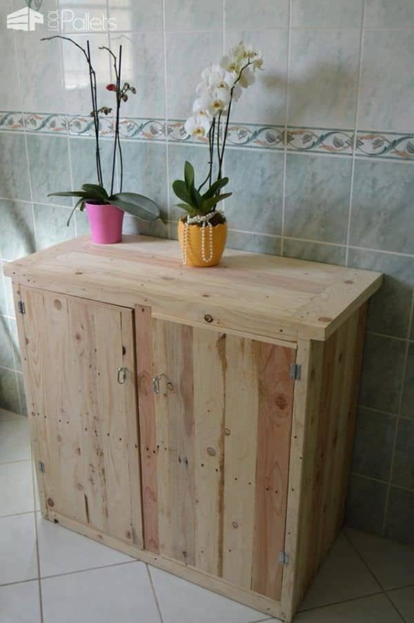 Decorate Your Entire Home With  Diy Pallet Furniture! Pallet Candle Holders Pallet Furniture Pallet Sheds, Cabins, Huts & Playhouses