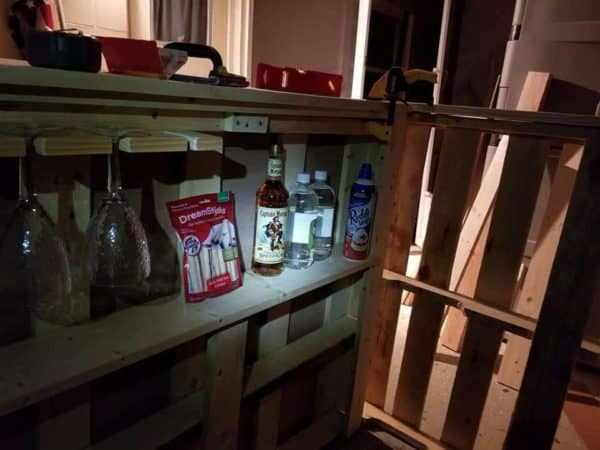 3 Pallet Bar Features Mod Podge Picture Top Pallet Bars