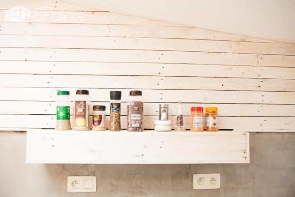 Pallet Kitchen Wall / Bardage D'une Cuisine En Palettes Pallet Walls & Pallet Doors