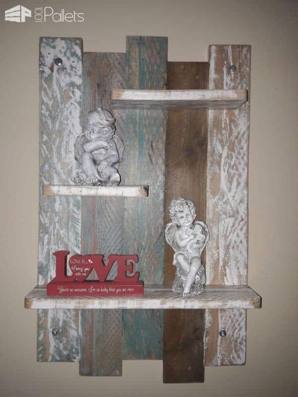 Little Decorative Pallet Shelf Pallet Shelves & Pallet Coat Hangers